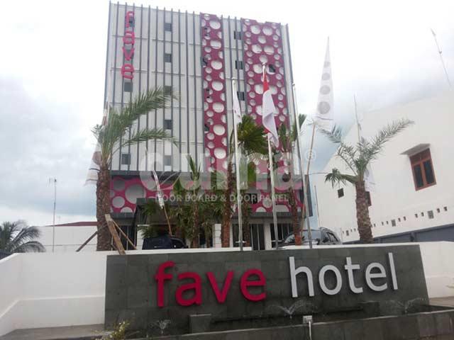 Door-Fave-Hotel-Rembang